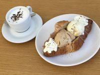 Brioche med gelato og kaffe fra PARADIS Gelateria