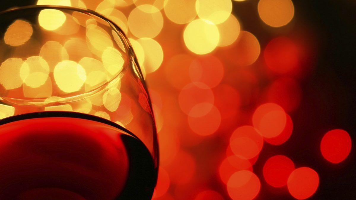 Bilde av et rødvinsglass
