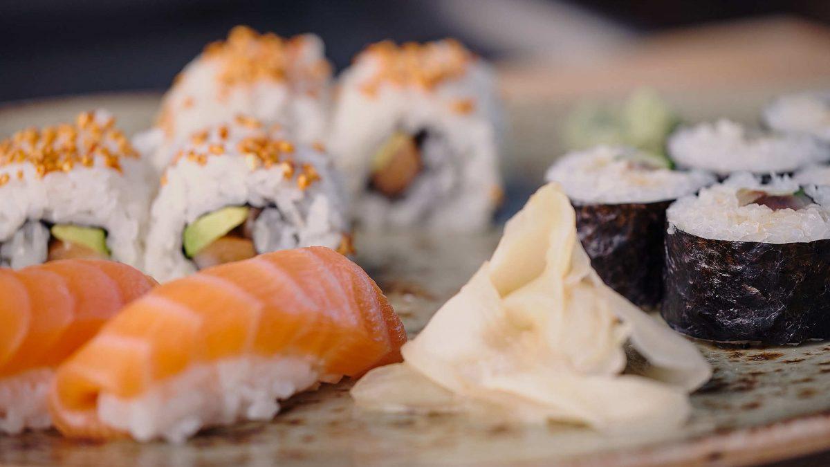 To generasjoner - sushi
